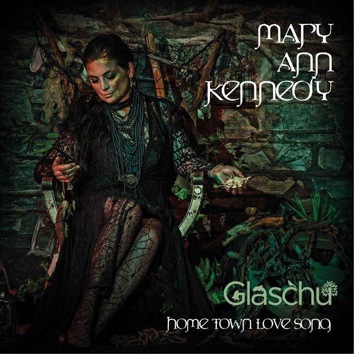 Mary Ann Kennedy: Glaschu